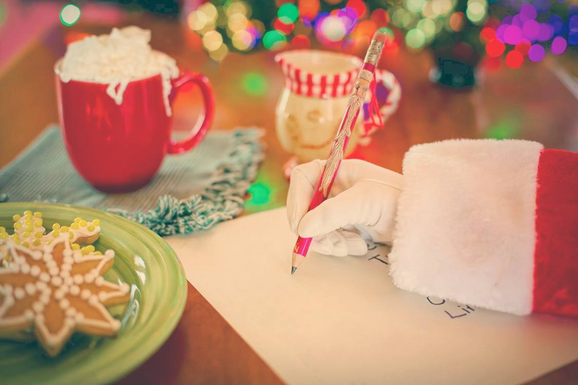 6 Practical and Essential Data Safety Items to Put on Your Wishlist (And Check Twice)