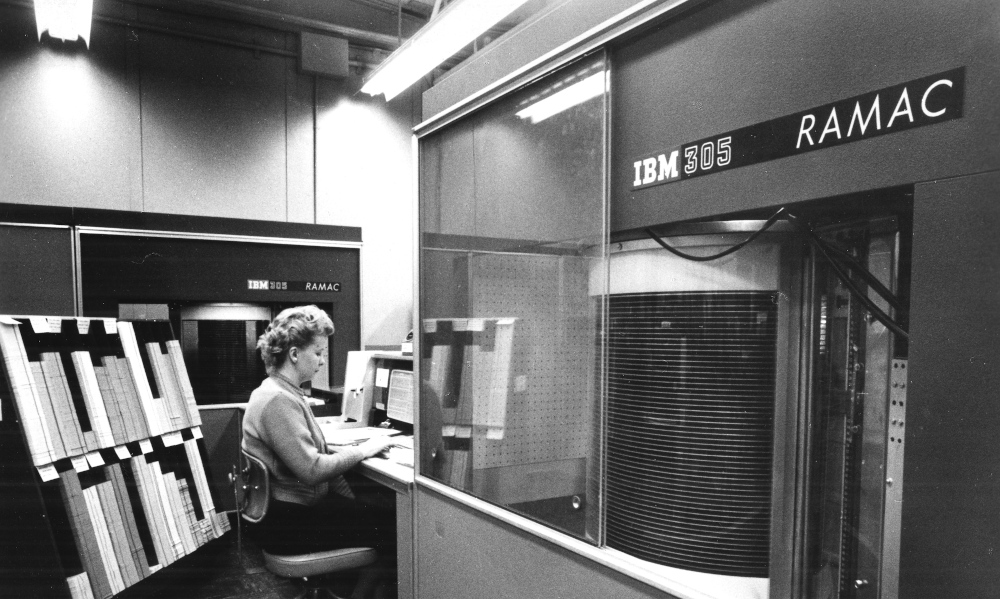 Throwback: Creating the First Hard Disk Drive at IBM